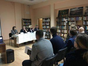 Глава управы провела встречу с жителями района. Фото: Юлия Панова