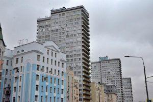 Фасад и крышу жилого дома в районе отремонтировали. Фото: Анна Быкова