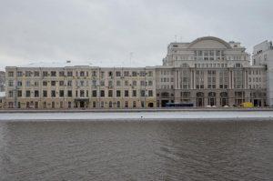 Капитальный ремонт проведутт в жилом доме на Космодамианской набережной. Фото: Анна Быкова