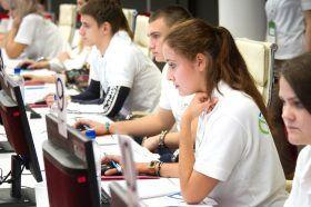 Более 20 тысяч человек стали наблюдателями на голосовании по поправкам в Конституцию России в столице. Фото: сайт мэра Москвы