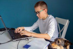 Преподаватели Центра детского творчества «Замоскворечье» проведут онлайн-занятие по математике. Фото: официальный сайт мэра Москвы
