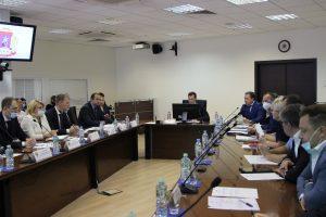 Префект Владимир Говердовский провел межведомственное совещание. Фото предоставили в префектуре ЦАО