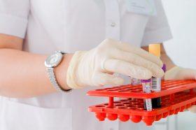 Исследования состояния иммунитета к коронавирусу продолжают. Фото: сайт мэра Москвы