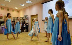 Районный ансамбль «Спектр» объявил о наборе новых танцоров. Фото: Анна Быкова
